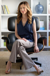 A photo of Lori Gottlieb, MFT, is captured. She is a psychotherapist, writer and podcaster. Lori Gottlieb is featured on the Practice of the Practice podcast, a therapist podcast.